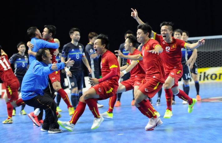 Ngày này năm xưa: ĐT Futsal Việt Nam hạ gục Nhật Bản, làm nên lịch sử - Ảnh 1.