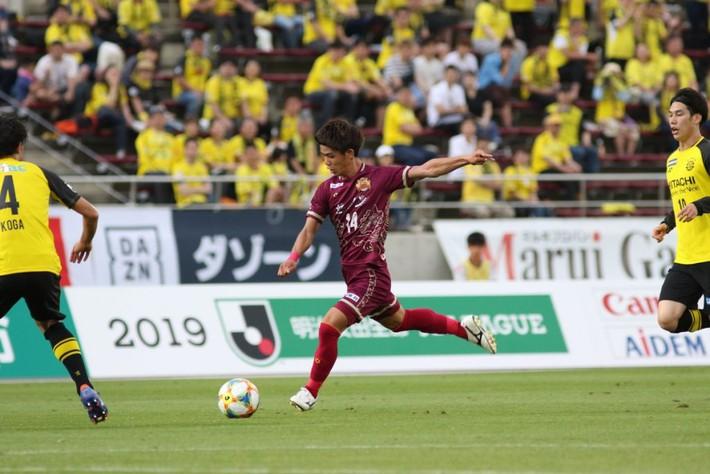 NÓNG: Sau Đặng Văn Lâm, Việt Nam sẽ có 2 cầu thủ đến Nhật Bản thi đấu ngay trong năm 2021 - Ảnh 2.