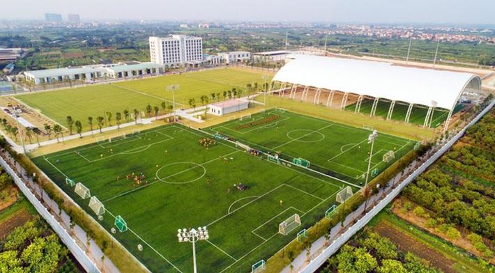 Chủ tịch Sài Gòn FC nói gì khi lò đào tạo PVF được chuyển giao cho Tập đoàn Giáo dục Văn Lang? - Ảnh 1.