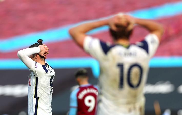 Cựu binh Man United tỏa sáng, khiến thầy trò Mourinho - Son Heung-min thêm lần nuốt đắng - Ảnh 2.