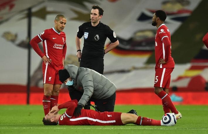 Thua trắng đại kình địch, Liverpool tái lập thảm họa trên sân nhà sau 98 năm - Ảnh 5.