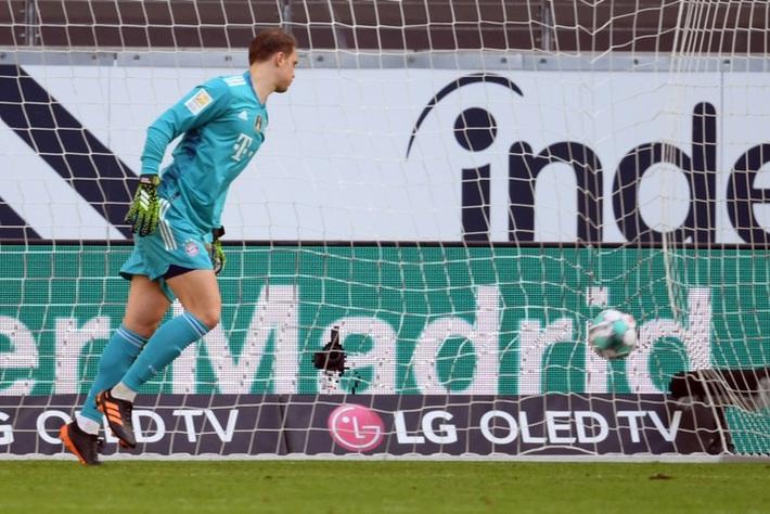 Bayern Munich tiếp tục gây thất vọng sau kỳ tích cú ăn 6 - Ảnh 6.