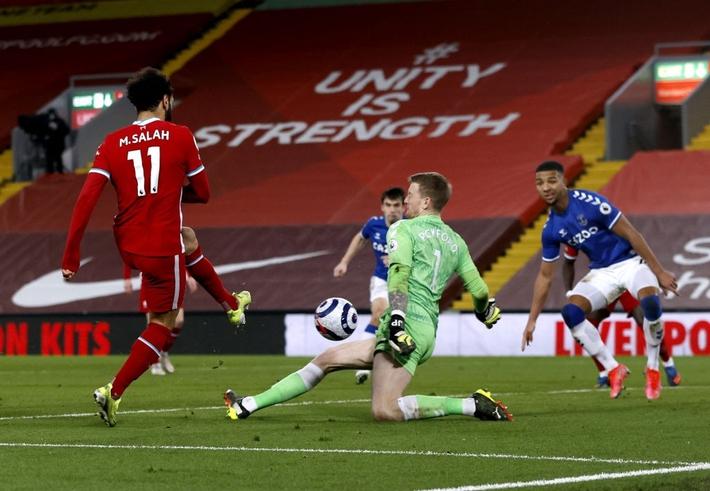 Thua trắng đại kình địch, Liverpool tái lập thảm họa trên sân nhà sau 98 năm - Ảnh 8.