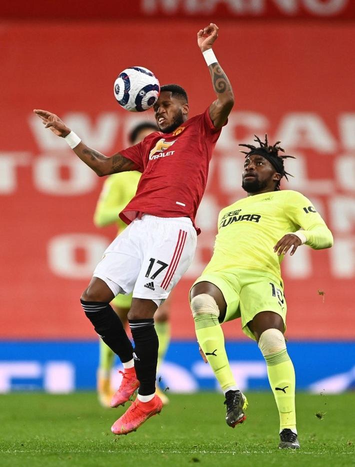 Chấm điểm cầu thủ MU vs Newcastle: Rashford rực sáng - Ảnh 6.