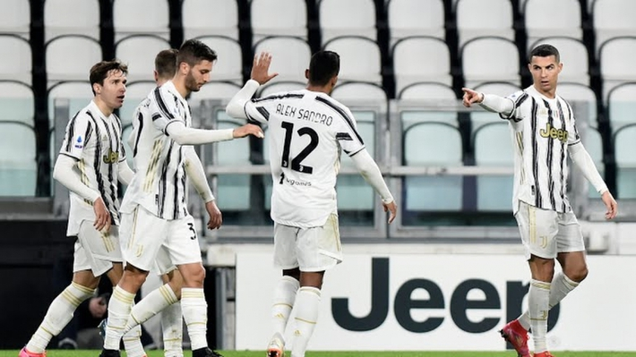 Ronaldo rực sáng, Juventus phả hơi nóng vào Inter Milan  - Ảnh 2.