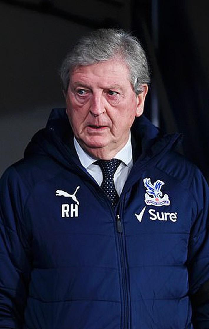 Jose Mourinho, Jurgen Klopp hồi hộp chờ nhận trát sa thải - Ảnh 3.