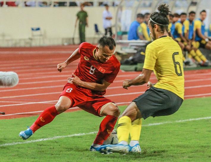"""Trọng Hoàng: """"Mục tiêu lọt vào vòng loại thứ 3 World Cup 2022"""" - Ảnh 1."""