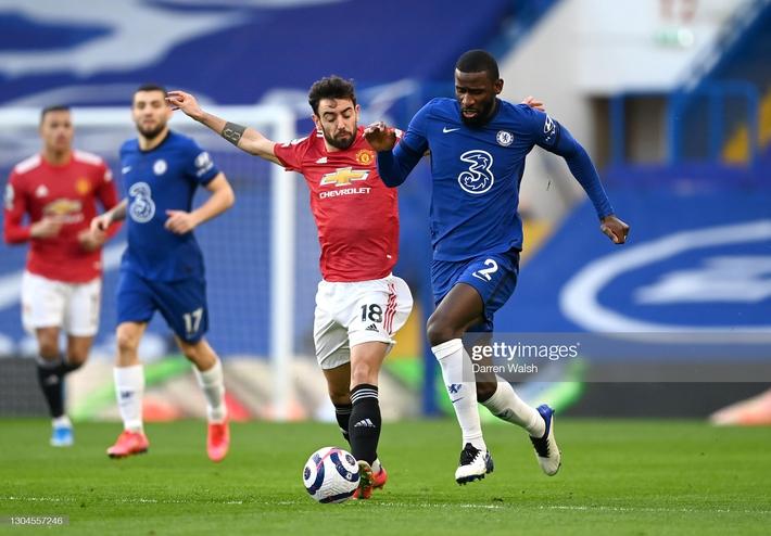 Mắc kẹt với chuỗi trận kỳ quặc, Man United đầu hàng trong cuộc đua vô địch Premier League - Ảnh 1.