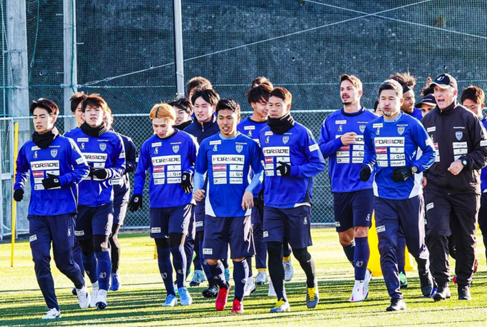 Văn Lâm sẽ thấy tận mắt những Peter Pan U40 tạo nên văn hoá bóng đá kỳ thú ở Nhật Bản - Ảnh 4.