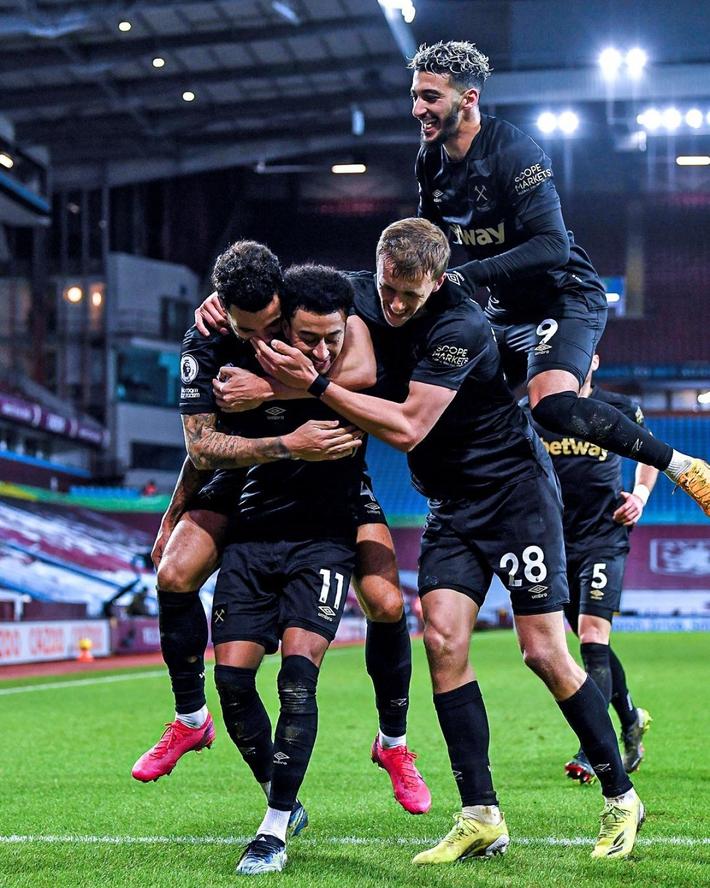 Jesse Lingard tỏa sáng rực rỡ trong trận ra mắt West Ham - Ảnh 1.