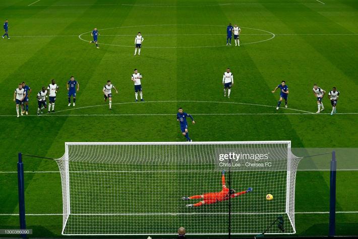 Bại dưới tay Chelsea, Mourinho đau đớn nhận thành tích tệ nhất trong sự nghiệp cầm quân - Ảnh 3.