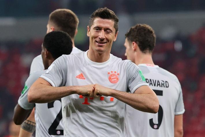 Cầu thủ hay nhất thế giới lập cú đúp đưa Bayern Munich vào chung kết FIFA Club World Cup - Ảnh 1.