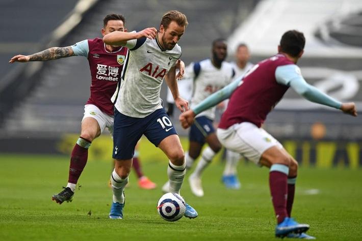 Bale ghi 2 bàn, kiến tạo 1 bàn giúp Tottenham thắng đậm - Ảnh 4.