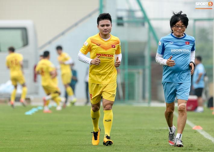 Quang Hải trở nên mong manh dễ vỡ, tuyển Việt Nam và Hà Nội FC cảnh giác - Ảnh 3.