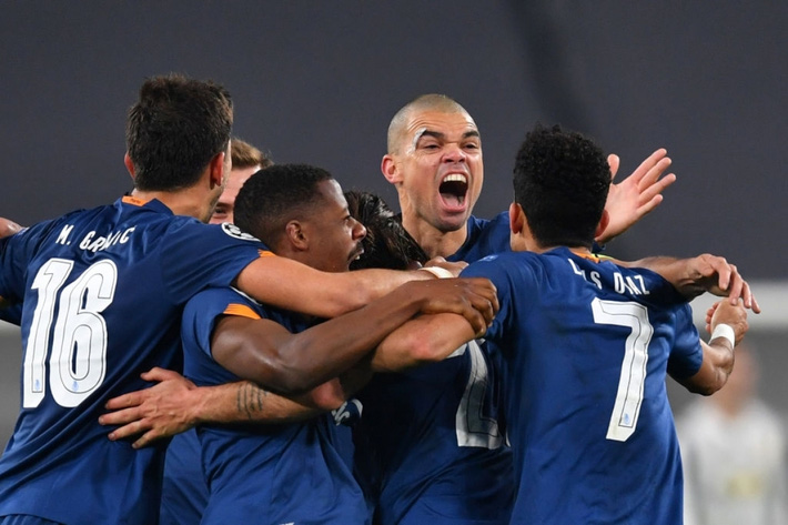 Juventus vỡ mộng ở Champions League: Lỗi tại Ronaldo? - Ảnh 2.
