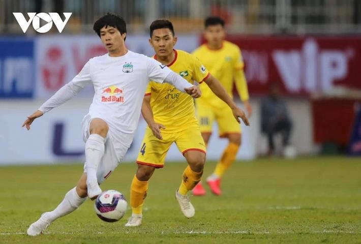 V-League trở lại: Hà Nội FC và HAGL rủ nhau giải mã ngựa ô? - Ảnh 3.