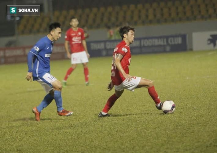 """Lee Nguyễn được so với Bruno Fernandes, nhưng lại """"tắt điện"""" vì độc chiêu của CLB V.League - Ảnh 1."""