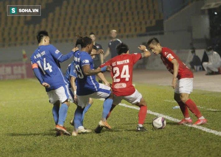"""Lee Nguyễn được so với Bruno Fernandes, nhưng lại """"tắt điện"""" vì độc chiêu của CLB V.League - Ảnh 3."""