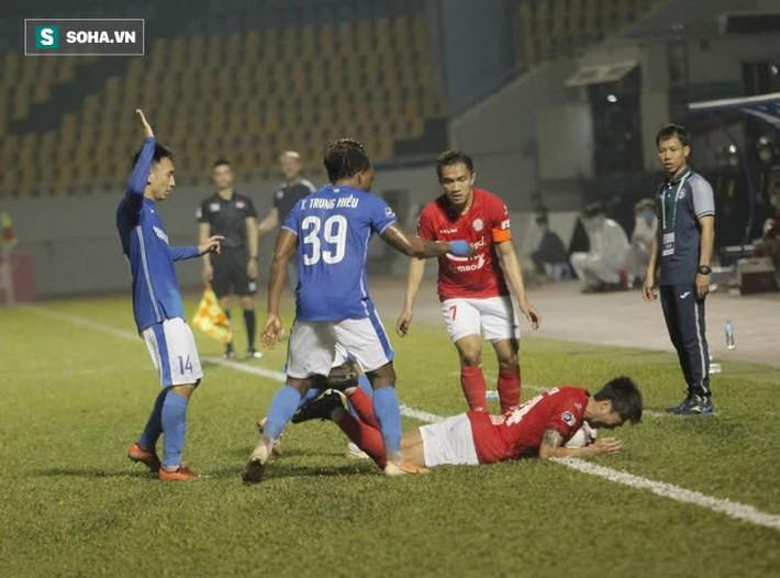 """Lee Nguyễn được so với Bruno Fernandes, nhưng lại """"tắt điện"""" vì độc chiêu của CLB V.League - Ảnh 2."""