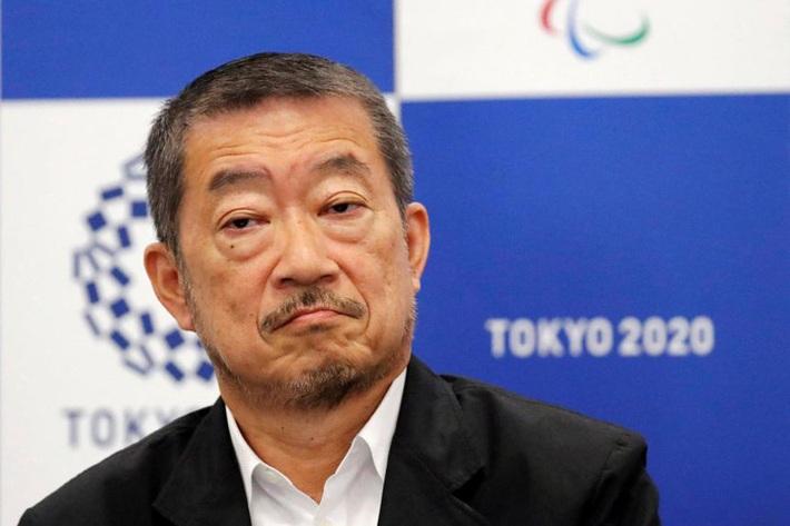 Giám đốc sáng tạo của Olympic Tokyo từ chức sau khi gọi nữ danh hài là chú lợn màu hồng - Ảnh 1.