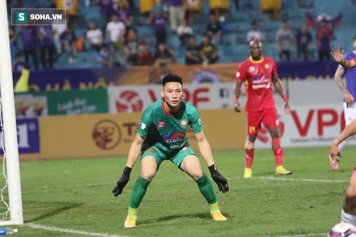 HLV từng vô địch C1 châu Âu: Tôi thua Hà Nội FC vì lý do sốc chưa từng gặp trong sự nghiệp - Ảnh 1.