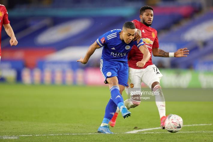 Dàn cận vệ thép thi nhau báo hại, mộng vô địch của Man United tan nát trước Leicester - Ảnh 4.