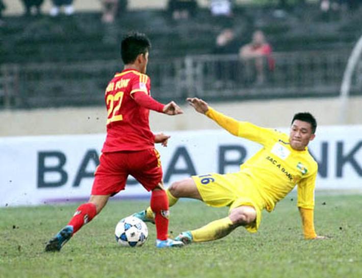 Hùng Dũng chịu nỗi đau trong bệnh viện song đây đâu phải lần đầu bóng đá Việt Nam dậy sóng - Ảnh 4.