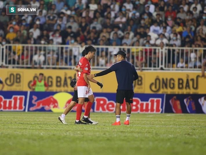 Che mờ Lee Nguyễn, Công Phượng-Văn Toàn đem về trận đại thắng, mở ra cơ hội vô địch cho HAGL - Ảnh 4.