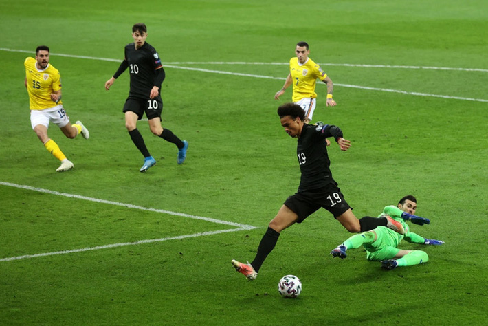 Tuyển Đức thắng dễ nhưng ngạc nhiên hơn cả là đội bóng chia sẻ ngôi đầu bảng với Die Mannschaft - Ảnh 4.