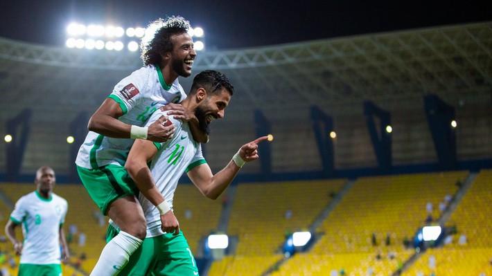 Người bạn Trung Đông thua thảm tại vòng loại World Cup, thầy Park thêm phần lo âu - Ảnh 2.
