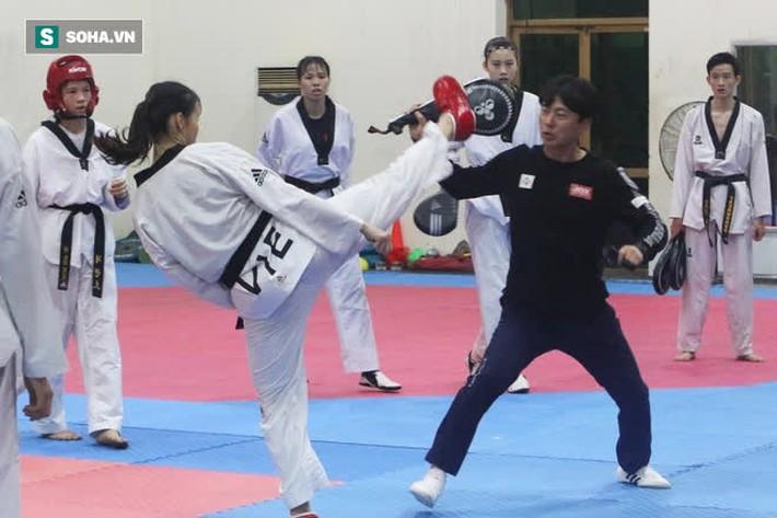 Cô gái Việt khiến võ sĩ Thái Lan ôm hận & lần gây sốc ở giải Vô địch Thế giới - Ảnh 2.