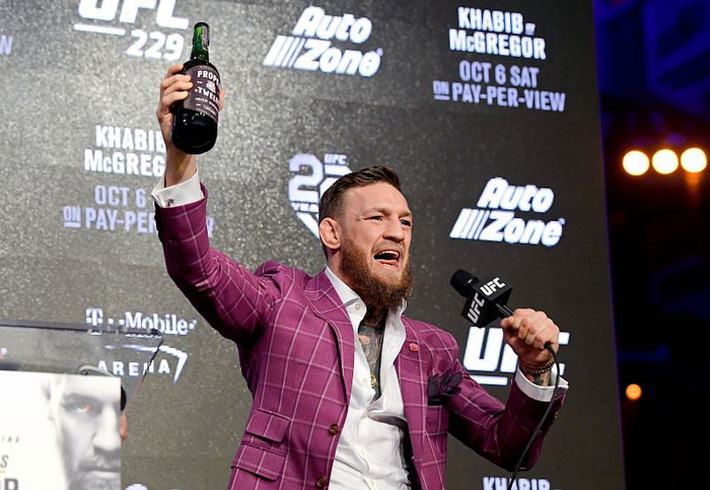 Bán đi công ty rượu sau 3 năm thành lập, Conor McGregor kiếm về bộn tiền - Ảnh 1.