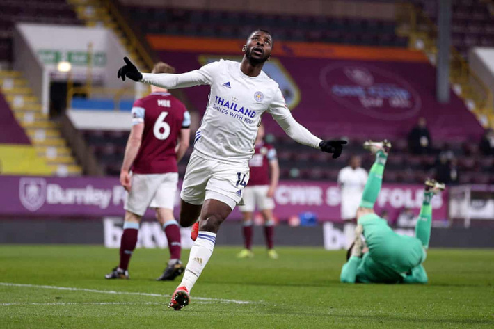 Đội bóng đua trụ hạng giúp MU giữ vững ngôi nhì Premier League - Ảnh 3.