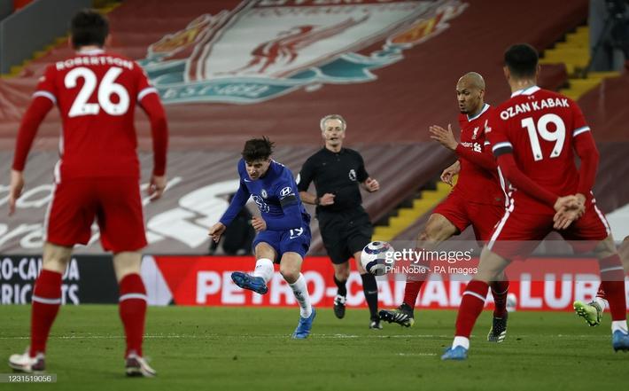 Buộc Liverpool nhận thành tích tệ nhất lịch sử, Chelsea phả hơi nóng vào gáy Man United - Ảnh 2.