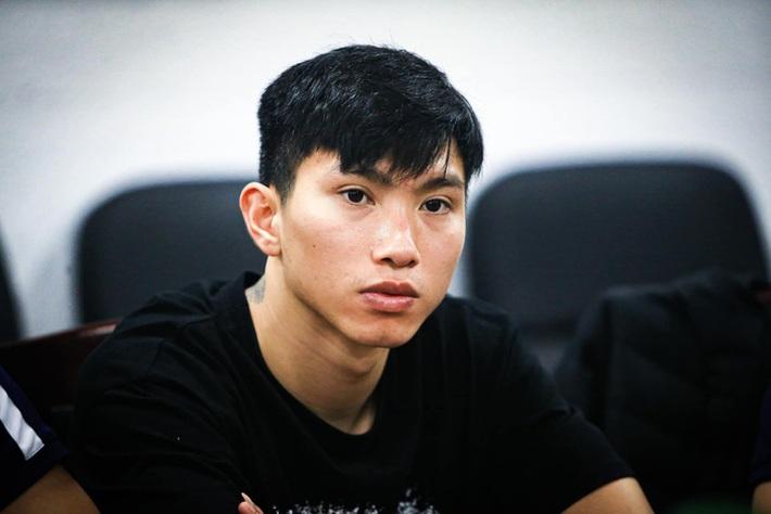 Hàng thủ tuyển Việt Nam thủng lỗ chỗ, HLV Park Hang-seo đau đầu tìm cách vá - Ảnh 1.