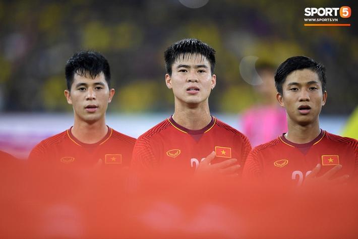 Hàng thủ tuyển Việt Nam thủng lỗ chỗ, HLV Park Hang-seo đau đầu tìm cách vá - Ảnh 2.