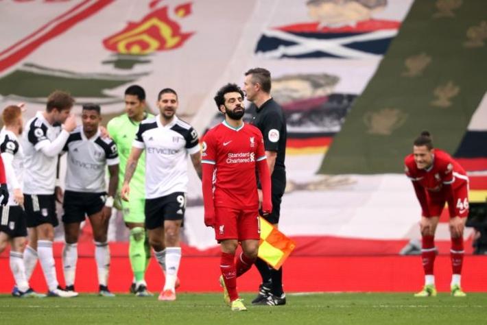 Liverpool nên bán Salah để tái thiết đội bóng - Ảnh 1.