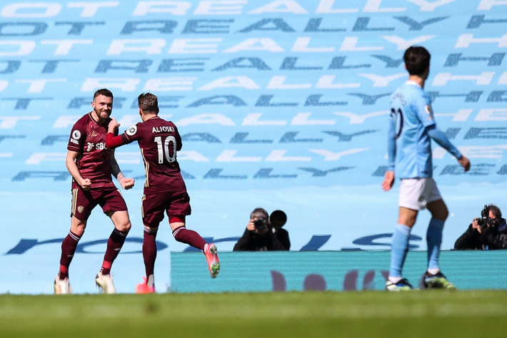 Man City 1-2 Leeds Utd: Ngả mũ trước Marcelo Bielsa - Ảnh 3.