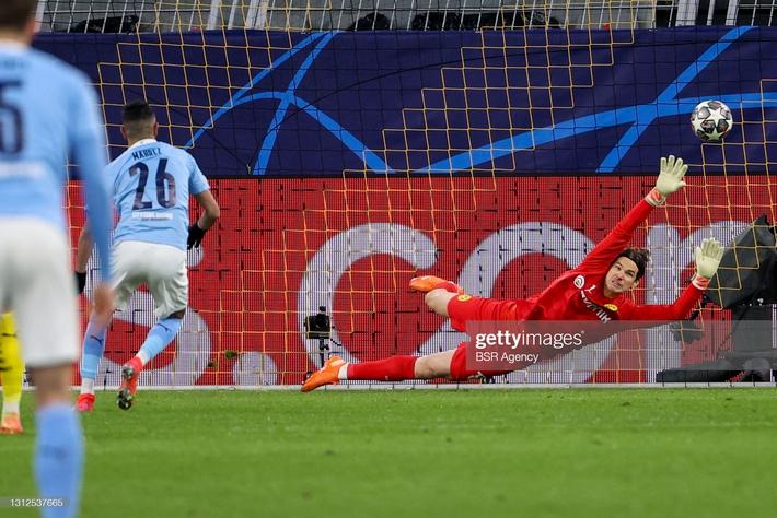 Liverpool tan mộng trước Real vì hàng công hủy diệt; Pep Guardiola vượt qua nỗi ám ảnh tứ kết - Ảnh 4.