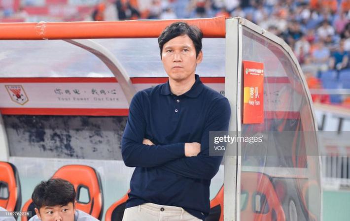 Hà Nội FC sắp có HLV từng bị CĐV Trung Quốc ghét cay ghét đắng? - Ảnh 2.