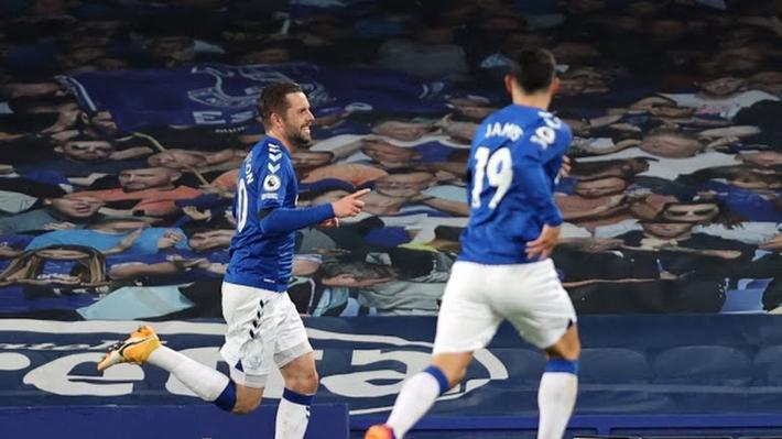 Harry Kane lập cú đúp, Tottenham thoát thua trước Everton - Ảnh 1.