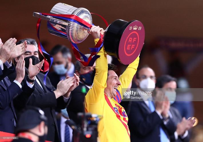 Chạy 70 mét để lập siêu phẩm, Messi cùng Barcelona giành ngôi vô địch đầy thuyết phục - Ảnh 6.