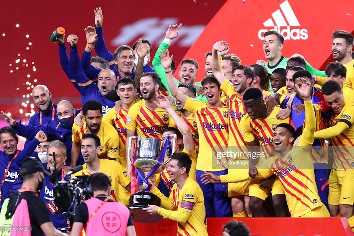 Chạy 70 mét để lập siêu phẩm, Messi cùng Barcelona giành ngôi vô địch đầy thuyết phục - Ảnh 5.