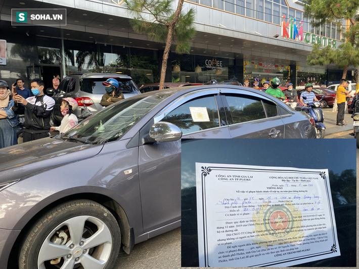 Khán giả xếp hàng từ 6h sáng, dài hơn 1 km mua vé xem Công Phượng đối đầu Quang Hải - Ảnh 2.