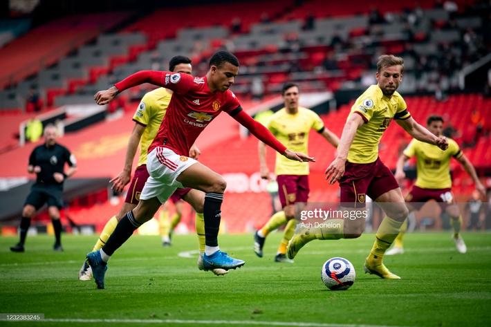 Truyền nhân Van Persie lập công, cánh cửa vô địch Premier League lại mở ra với Man United - Ảnh 3.