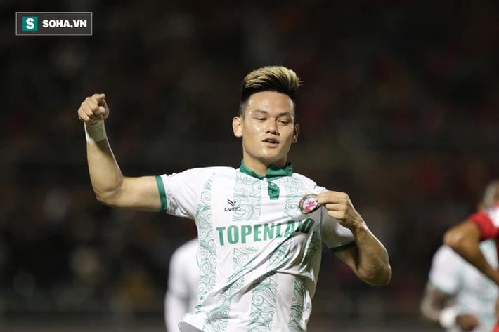 Lee Nguyễn bàng hoàng chứng kiến CLB TP.HCM sụp đổ ngay hiệp một trước tân binh V.League - Ảnh 1.