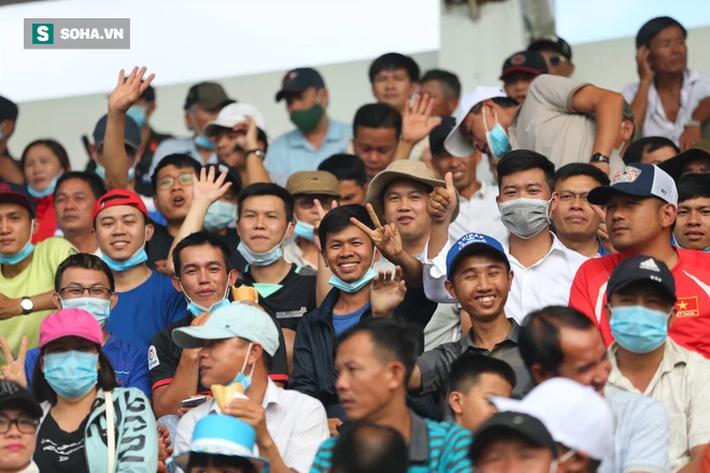 Hiện tượng đáng mừng cho bầu Đức & bất cập lớn của bóng đá Việt Nam - Ảnh 3.