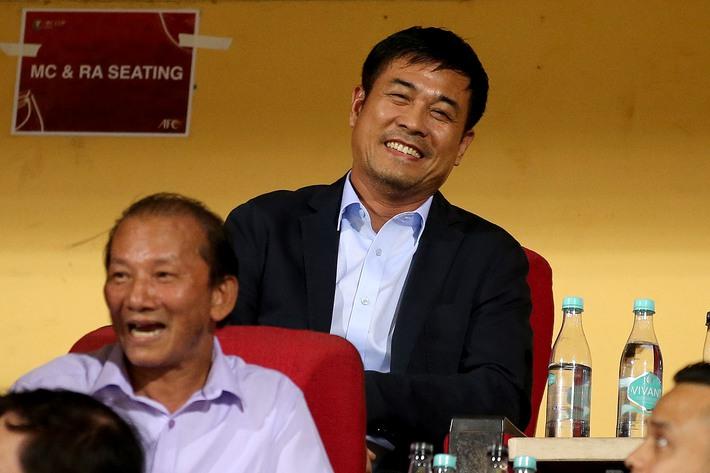 Nụ cười Lee Nguyễn: Hồi chuông cáo chung của Chiến hạm đỏ, hay cú giật mình của Hữu Thắng? - Ảnh 4.