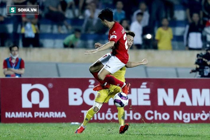 Tạo nên trận đấu lạ lùng bậc nhất lịch sử V.League, CLB Nam Định bị VFF phạt tiền - Ảnh 1.