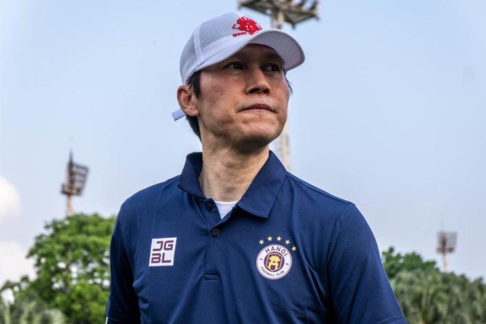 HLV Hàn Quốc: Hà Nội FC không được phép gục ngã vì có nhiều tuyển thủ Việt Nam - Ảnh 1.